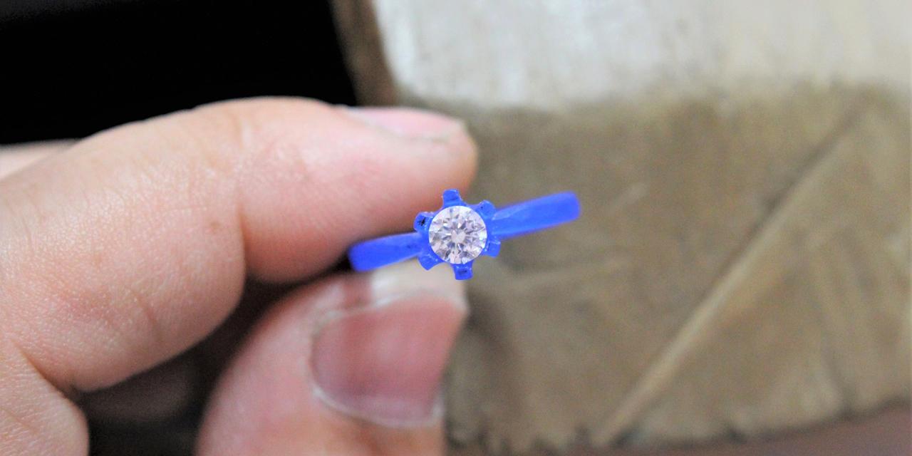 大切な人へ送る 婚約指輪