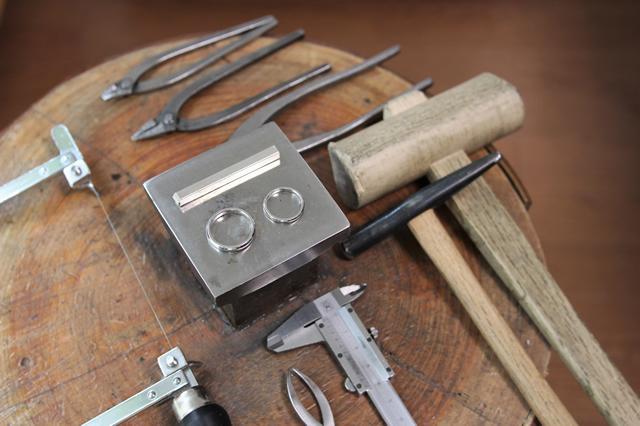 金属素材で作る手作り結婚指輪